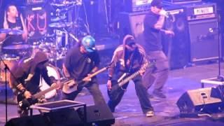 COCOTTE MINUTE feat.KUKO z Horkýže Slíže basuje na rýč