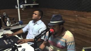 Johnny Lima ao vivo na Maracanaú Fm 89,9 - Degrau na escada