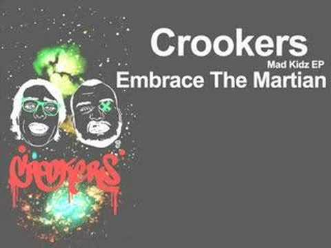 crookers-embrace-the-martian-feat-kid-cudi-hedphux