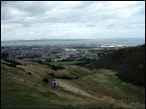 Climbing Arthurs's Seat – Edinburgh