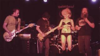 "The Violent Shifters perform ""Motorhead"" Feat: Nicole of RAPEDOOR"
