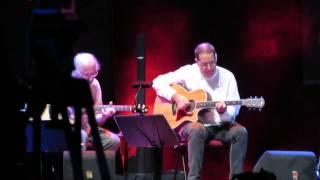 MÁRIO DELGADO/MOZ CARRAPA/TIM (Voz e Guitarra) @ Terreiro do Paço 3-7-2015 MVI 3967