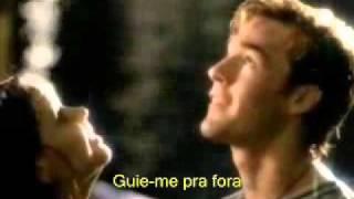 Kiss me - Tradução
