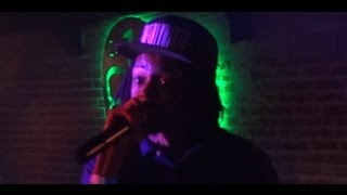 "Young Roddy - ""The Plot"" Live In L.A. For The Red Eye Tour 