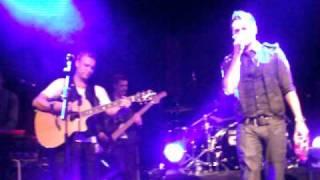 a1 - Make it good (live)  at O2 Academy Islington 31-10-2011
