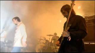 KASABIAN - Club Foot (Glastonbury 2005)