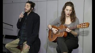 Salvador Sobral - Amar pelos Dois [Acoustic Version]