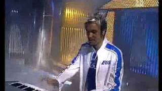 EIFFEL 65 - LUCKY (IN MY LIFE) (LIVE AT KINDERQUATSCH MIT)