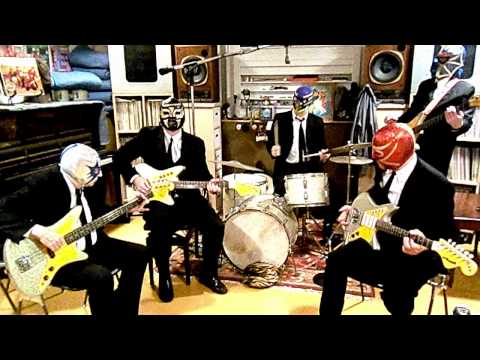 los-straitjackets-space-mosquito-losstraitjackets