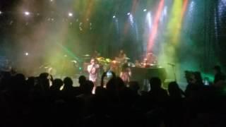 Emicida -  Baiana ao vivo em Salvador