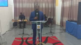 Ps Isaiah Fosu-Kwakye Jnr  in free worship