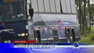 Hombre se arrojó desde un autobus
