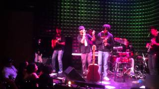 Rael feat. Seu Jorge - Avião (Djavan) at Joe's Pub NYC