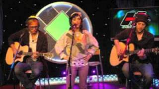 Katy Perry - I Kissed A Girl (Acoustic) (Howard Stern 2008.08.21) audio only