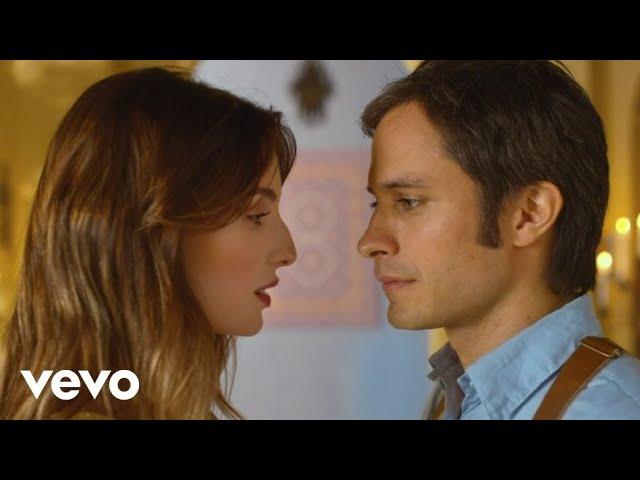 Video de Ojos Color Sol de Calle 13 feat Silvio Rodríguez