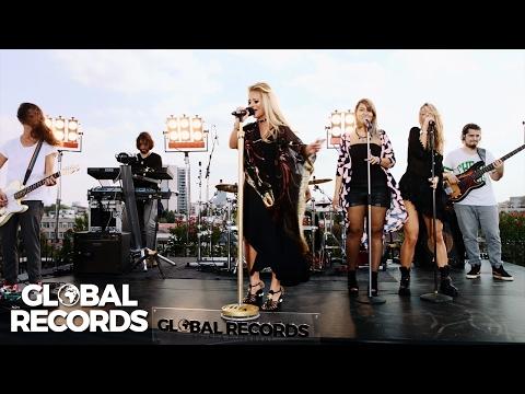 Delia - Cine M-a Facut Om Mare | #WeGlobal Live