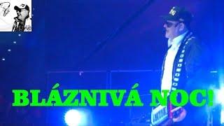 Michal David & Martin Hájek - Céčka, sbírá céčka (Bláznivá noc, O2 arena, Praha 2015)