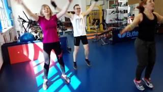 Веселая разминка - Зарядка для взрослых - готовимся к Фитнес-весне!