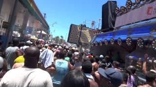 Carlinhos Brown - Capoeira Larará (Meia Lua Inteira) - Carnaval 2014 - Arrastão - 4ª Feira