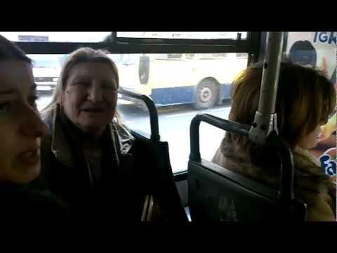 Bahati kontrolor koristi fizičku silu nad putnicom! Građanska Patrolа vs Bus Plus - 05.03.2013