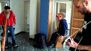 Yo-Ho-Hostel : Oratnitza feat. Roskata ot Silistra