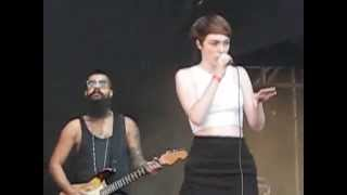 Chlöe Howl - Girls and Boys (Live in Moscow, 06-09-2014)