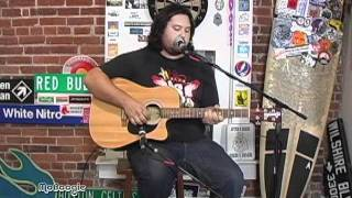 "IRATION's MICAH PUESHEL ""Wait And See"" - acoustic @ the MoBoogie Loft"