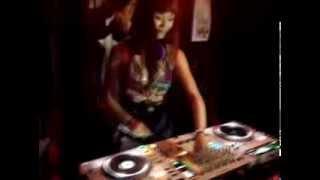 "DJ Rinaneko - Electro Shock vs Sofa Rituals ""KENZO-A Birthday Bash"" @BONOBO"