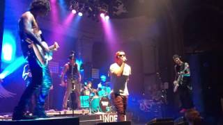 Hollywood Undead - Levitate LIVE @ Newport 2015