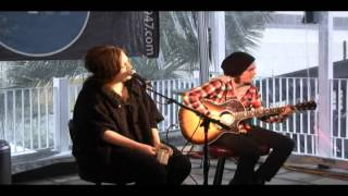 Adele - Melt My Heart To Stone at a Mix 94.7 Private Performance (March 16th, 2009)