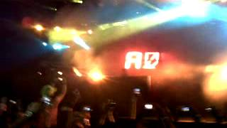 Avicii - Seek Bromance (live) @ El Salvador 2012