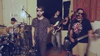 Champagnota - Qual É? + De Menos Crime Ao vivo (versão champa) - Marcelo D2 Cover
