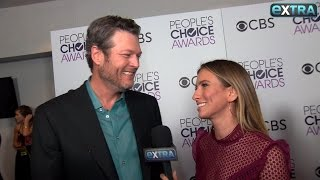 Blake Shelton Gushes Over 'Hottest Girl' Gwen Stefani at the People's Choice Awards