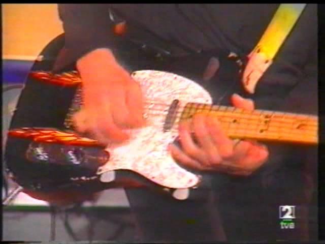 Vídeo de una actuación de Amphetamine Discharge