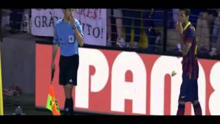 Dani Alves EATS BANANA thrown from public (Villarreal vs Barcelona) FULL + SOUND