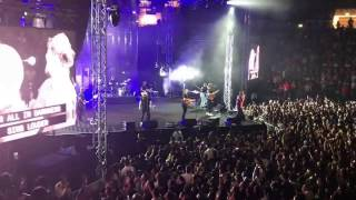 Let There Be Light (Outro) - Hillsong United Live in Dubai 2017