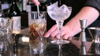 How to make a Manhattan - DrinkSkool Cocktails