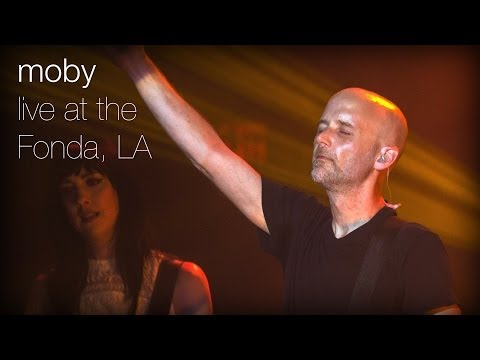 moby-raining-again-live-from-the-fonda-la-moby