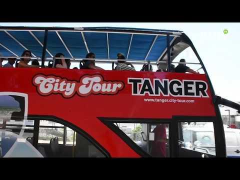 Video : Les visiteurs de Tanger découvrent le nouveau bus touristique de la ville