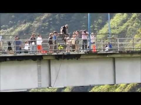 Banos Bungee Jump – Morten
