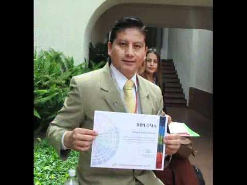 Douglas Reyes y Tu de Jóvenes Líderes del Ecuador