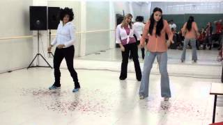 Coreografia: Stayin' Alive (Bee Gees) - Tema: Saturday Night Fever