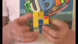 Hogyan rakjuk ki a Rubik kockát? 5. rész, alsó teljes sor kirakása