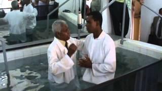 ADILP - Assembleia de Deus Ministério Ipiranga Setor Lençóis Paulista - Batismo 30/12/2012 - 15