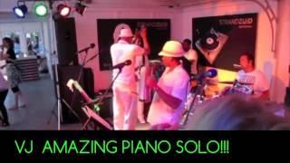 VJ Moelchand Amazing Piano Solo!!