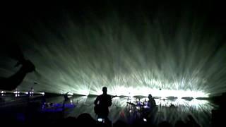 Massive Attack - Teardrop live at Moogfest 2010