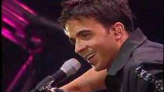 Luis Fonsi - Para vivir (en vivo) - completo