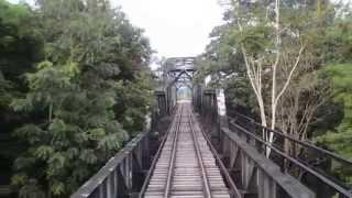 ขบวน 489 ผ่านสะพานคลองยัน ในเส้นทางสายคีรีรัฐนิคม 29/7/2558