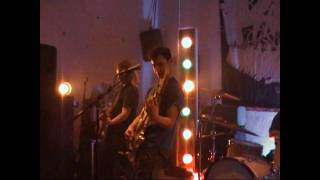 Atombox - Don't fear the reaper - live