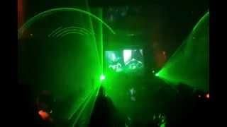 Azax vs Bliss - Call 911